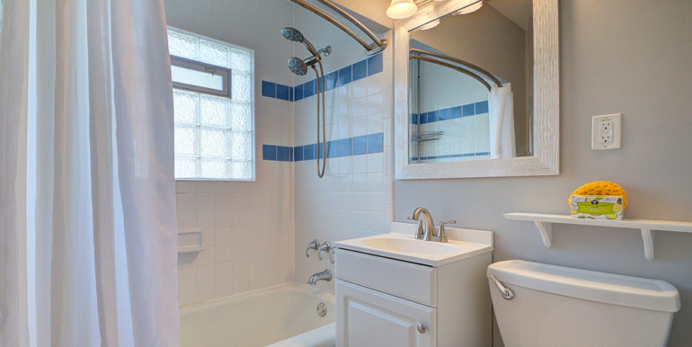467_Full-Bath
