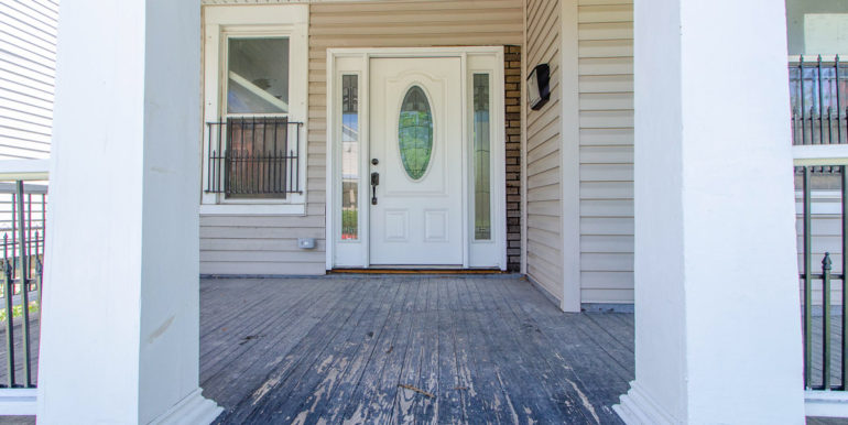 FRONT PORCH B