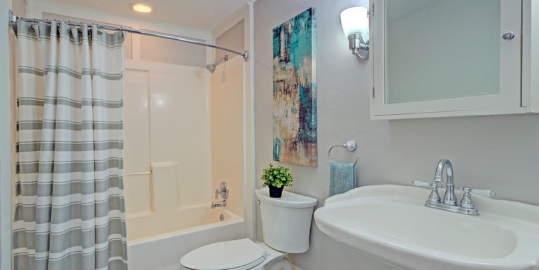 Full-Bath_2nd-level