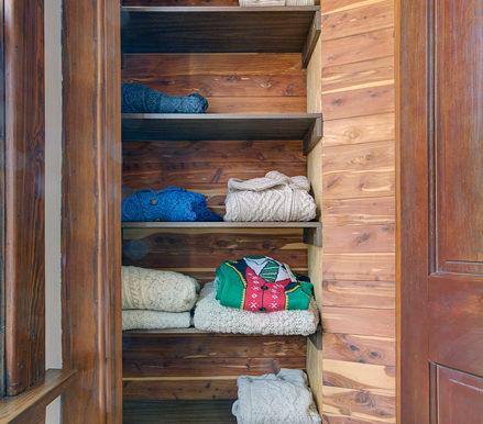 Primary-Bedroom_cedar-closet